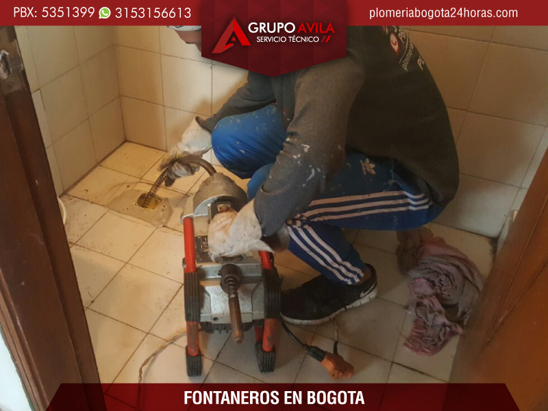 Fontaneros en Bogotá - servicio de fontanería 24 horas